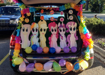 My-Little-Pony-Trunk-or-Treat-Decorations-2016